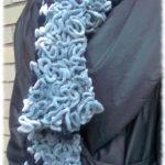 Echarpe laine à volant Chenille